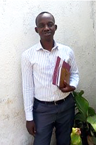 Pastor Augustin Kwizera in Burundi is currently studying with LMI